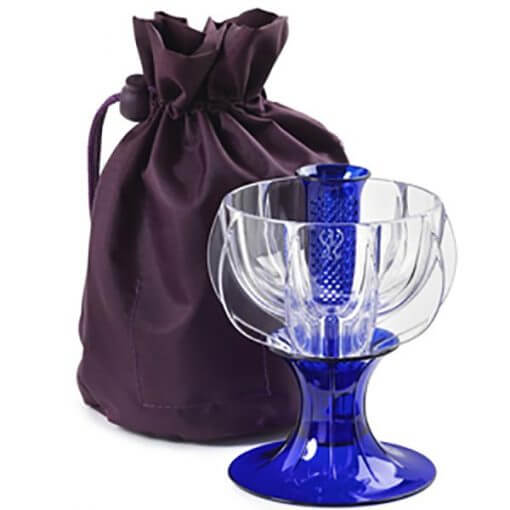 blue crystaline wine aerator with travel tote